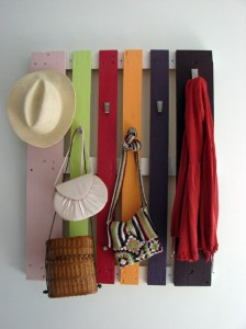 colorful-diy-coat-rack-of-a-pallet-1-224x300