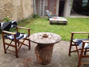 Projet de rénovation jardin et terrasse couverte dans PROJETS EN COURS vue-jardin-avant-300x225